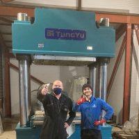 New 1000 Tonne press